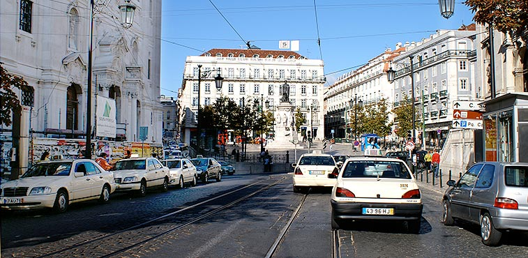 lisbon_gettingabout02.jpg